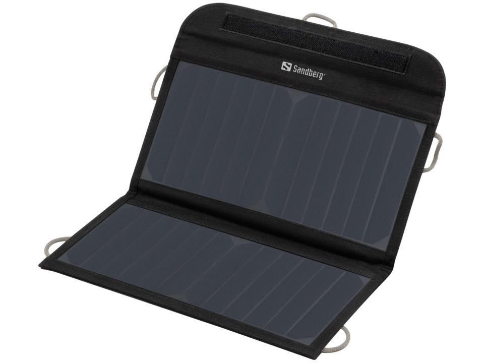 Sandberg Solar Charger on vankkaa tekoa.